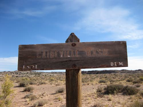 Caineville Wash Sign