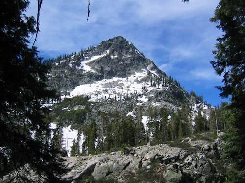 Ycatapom Peak