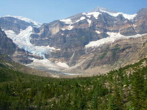 The highest icefall on Mount Sir Alexander