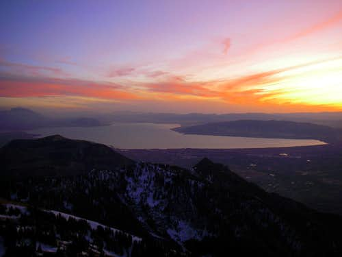 A sunset over Utah Lake