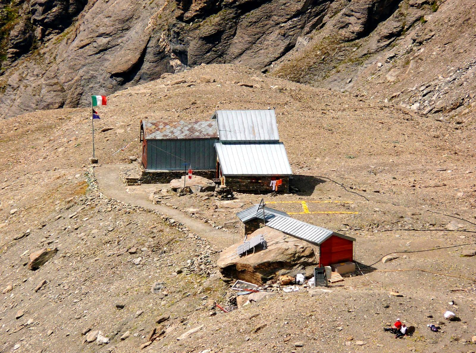 Alpine REFUGES in the Aosta Valley <b>(Valpelline and Gran San Bernardo Valley)</b>