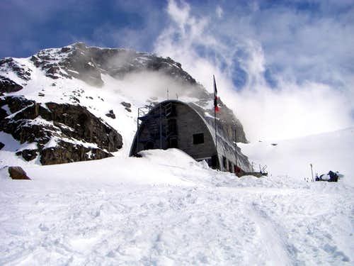 Alpine REFUGES in the Aosta Valley  (Valsavarenche Valley)