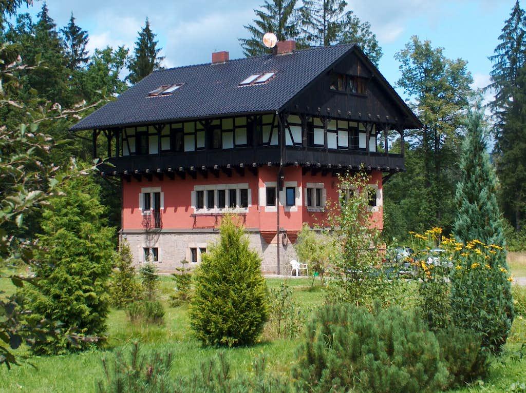 Leśny Dwór, in Rudawy Janowickie