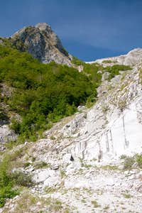 Monte Focoletta above the first small marble quarry