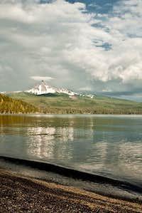 Mt. Thielsen from Diamond Lake