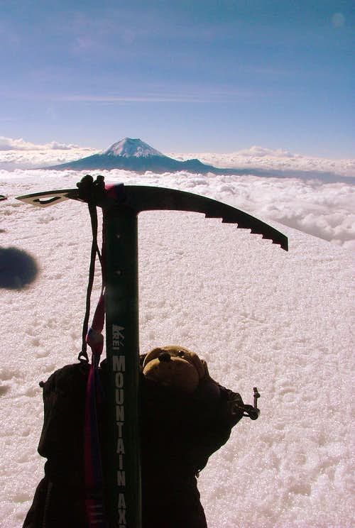 GT on Illiniza Sur (5,263 m / 17,267 ft).