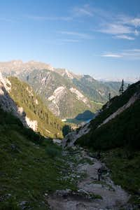 Looking back towards Pragser Wildsee