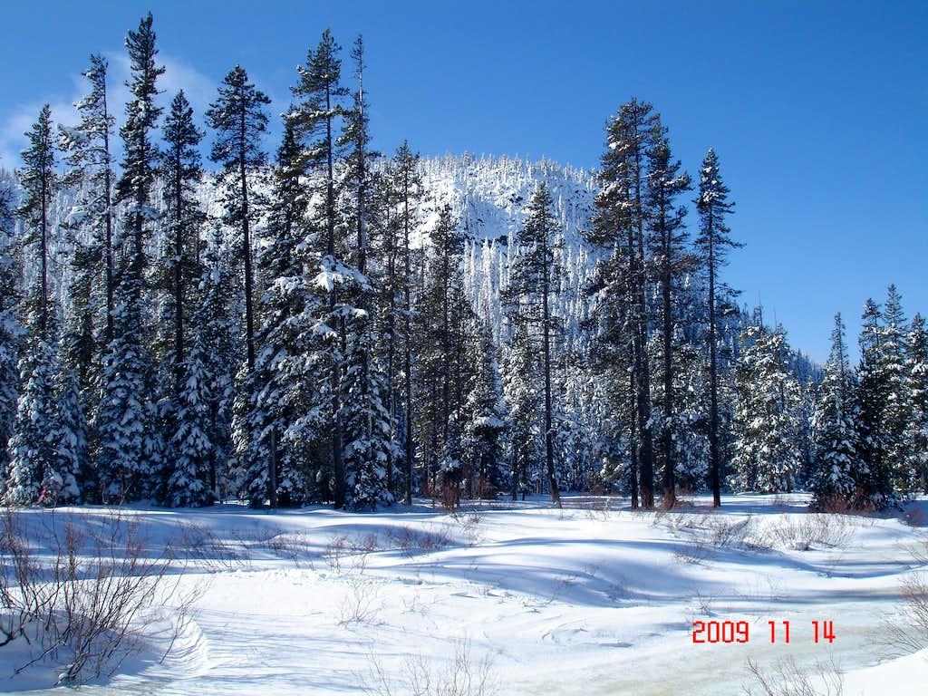 Central Oregon Cascades     Skiing 11/09