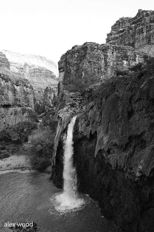 B&W of Havasu Falls