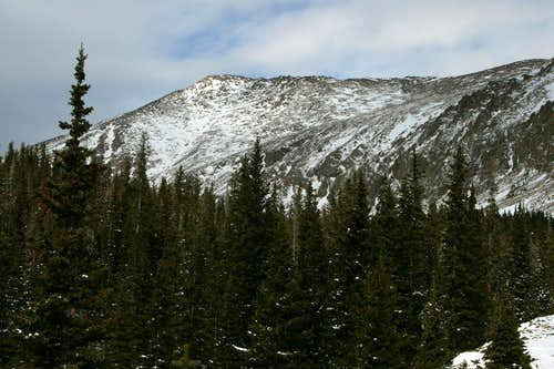 Hagues Peak next to Mummy Mountain