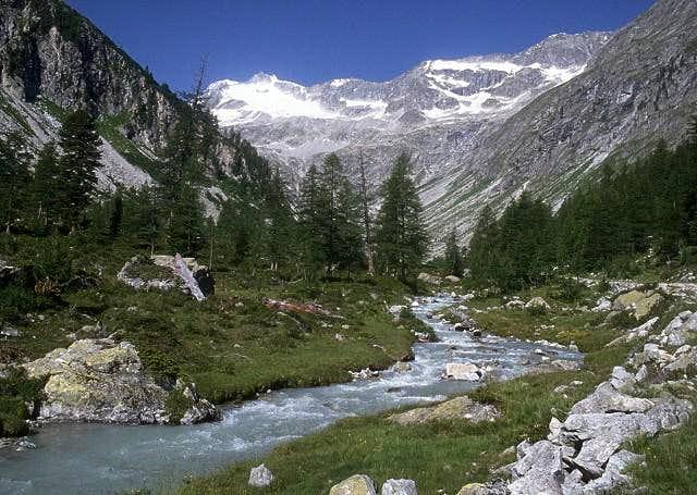 the beautiful Patscher valley...