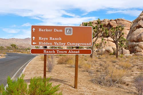 Road sign to Barker Dam