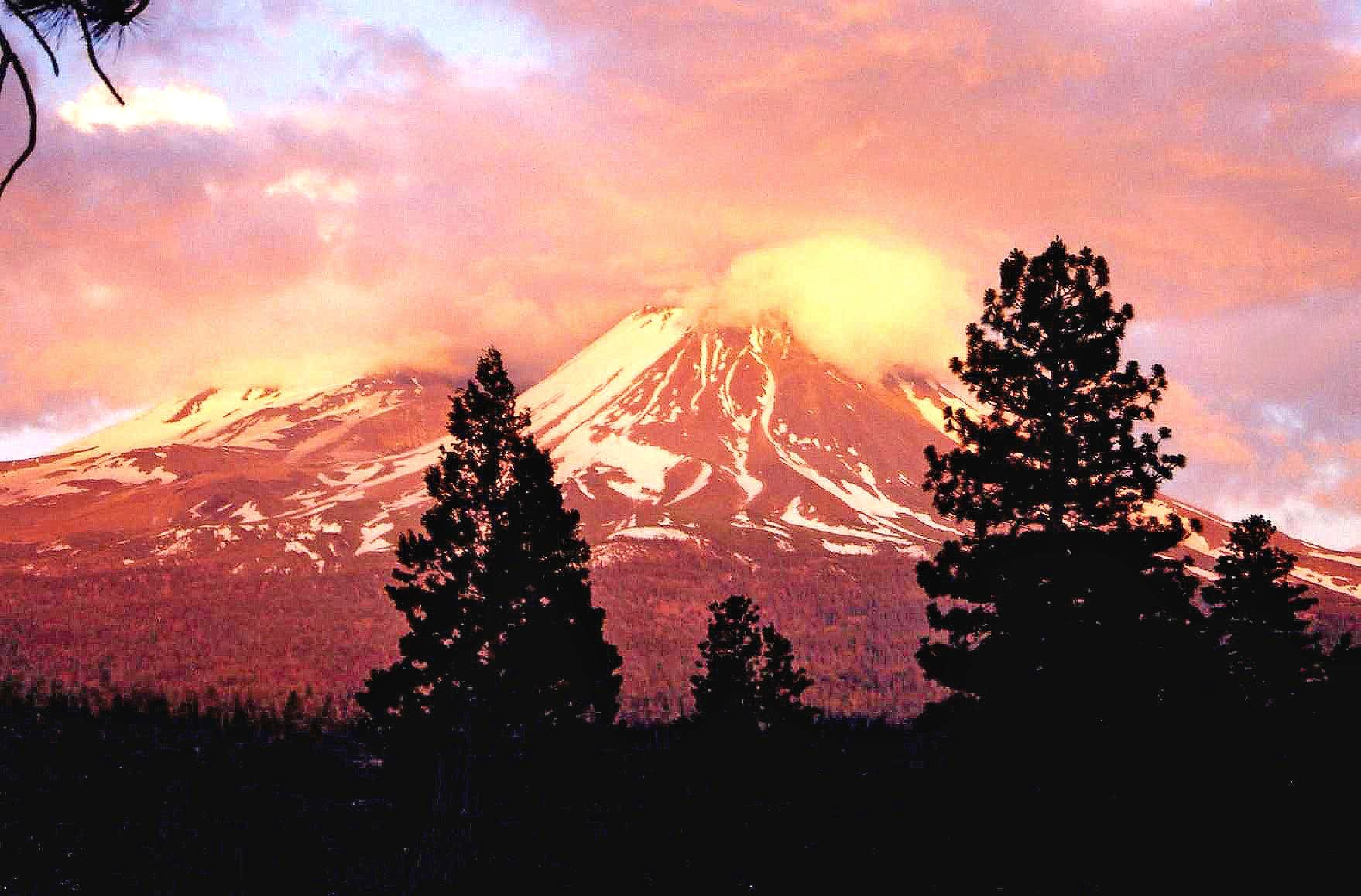 Views of Mount Shasta