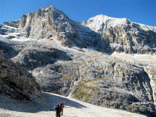 Tofana di Mezzo (3.244m) and Tofana di Dentro (3.238m)