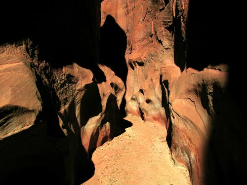 Dry Fork Slot Canyon