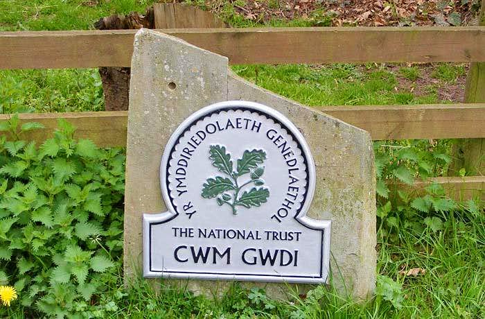 National Trust Cwm Gwdi Sign