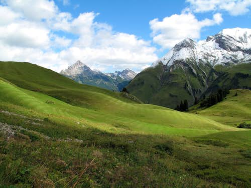View to Biberkopf (2600 metres) and Rappenspitz (2475 metres)