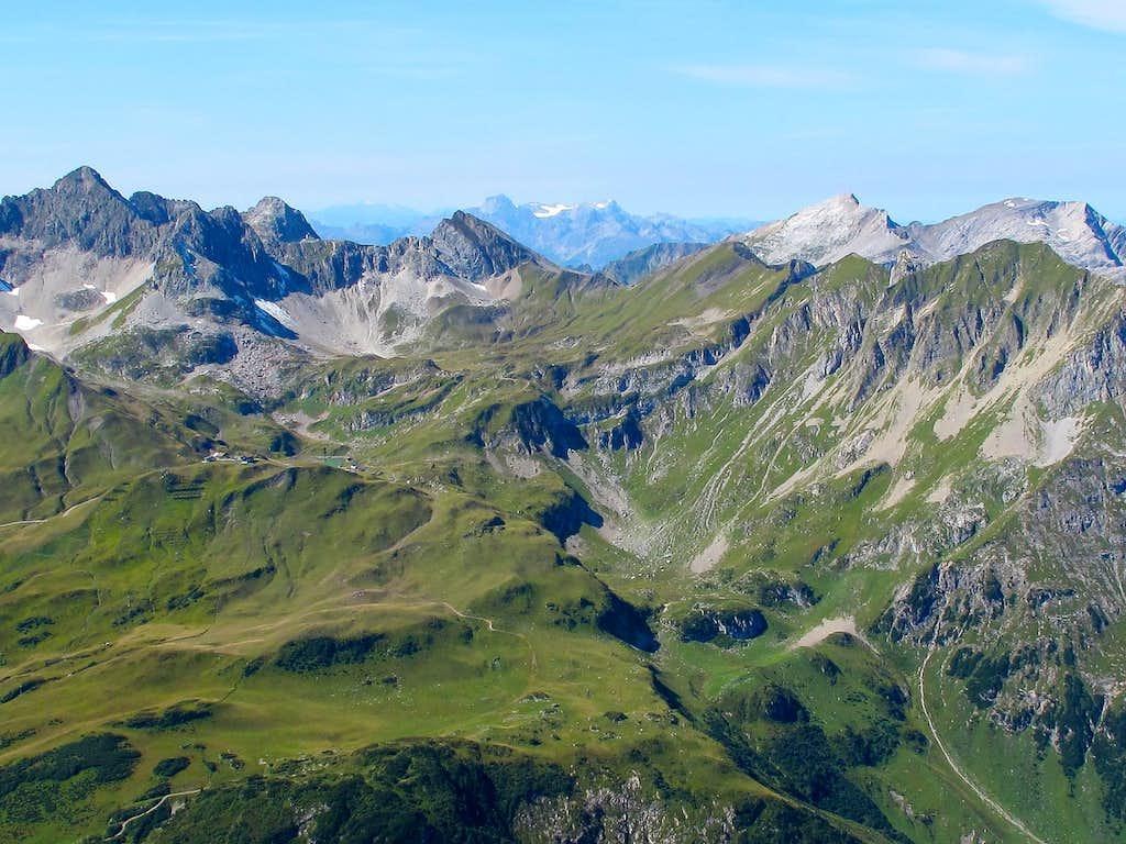 View from the Rüfispitze towards Lechquellengebirge and Switzerland