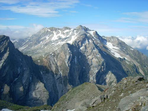 Cima di Gana Bianca from normal route of Adula