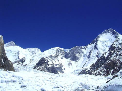 Gasherbrum-1 (8068-M), & Gasherbrum-II (8035-M),