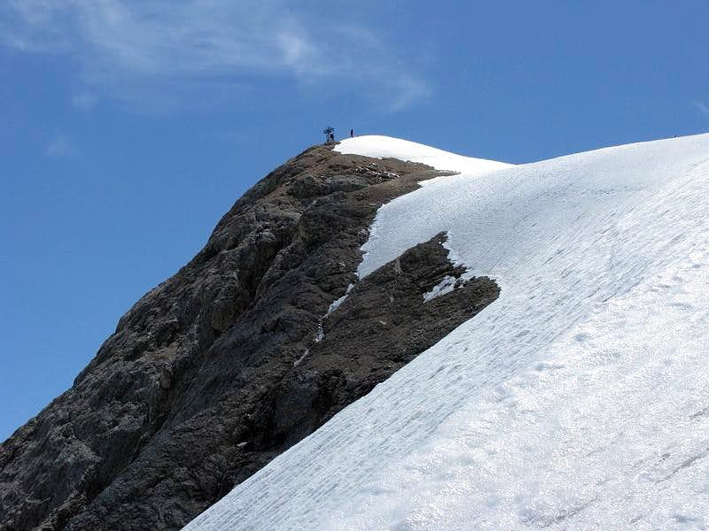Punta Penia (3.343 mtrs) summit