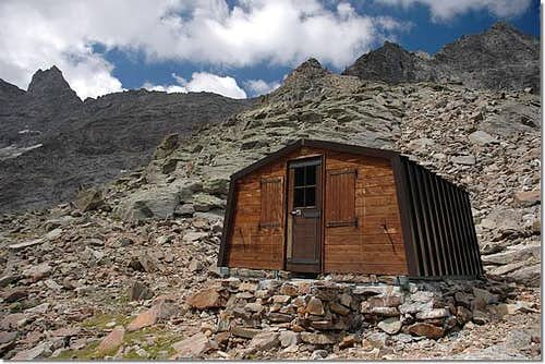 Alpine BIVOUACS in the Aosta Valley  (Cogne Valley)