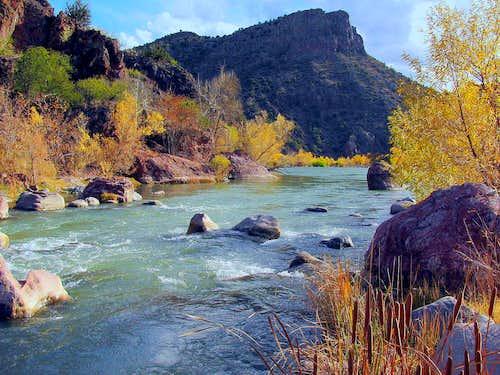 <i>Free Fall Flow, River Flow</i>