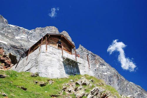 Alpine BIVOUACS in the Aosta Valley  (Valtournenche Valley)