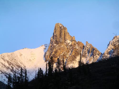 Sunset on Snowden Spires