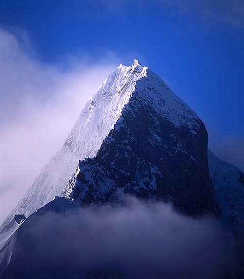 The north ridge and Norteast...