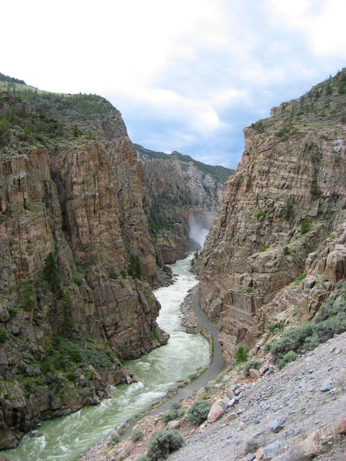 Shoshone Canyon and Buffalo Bill Dam