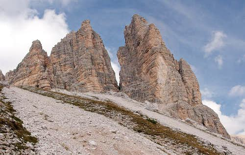 Towers in the south face of Passportenkofel / Croda Passaporto