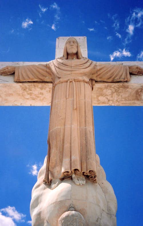 Christ of the Rockies statue