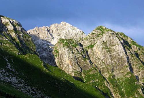 Škofič (2.013 mtrs) and Maselnik (1.906 mtrs)