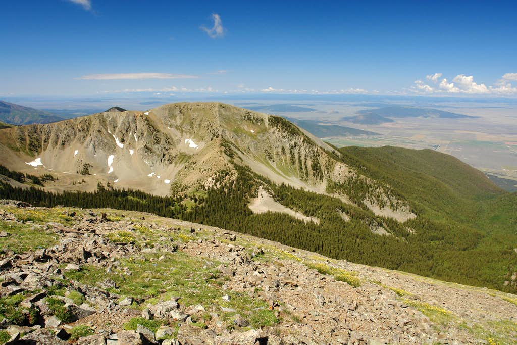 Cabresto Peak from Venado