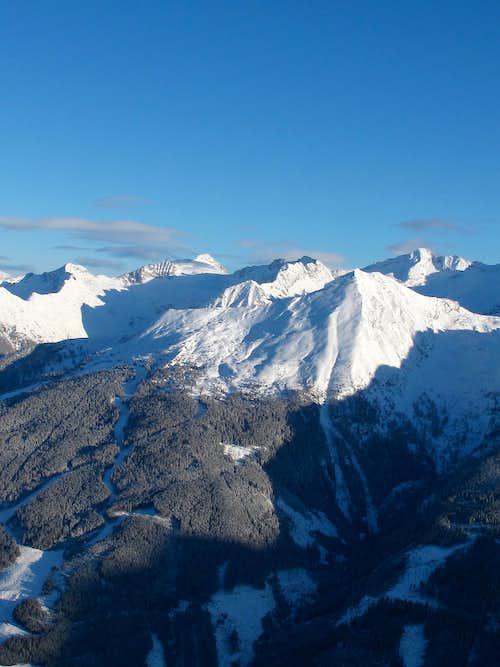 Graukogel and Hüttenkogel as seen in winter from the Stubnerkogel