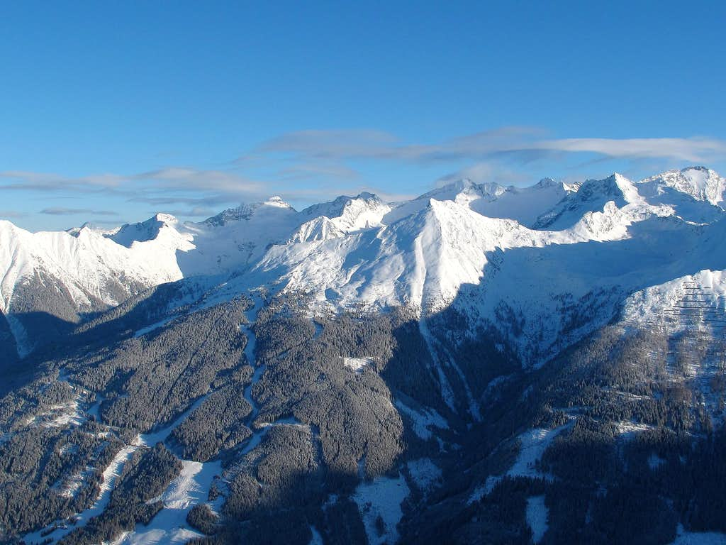 View to Tischler group, Graukogel and Ankogel from the Stubnerkogel