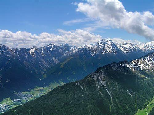 Habicht with Stubai Valley as...