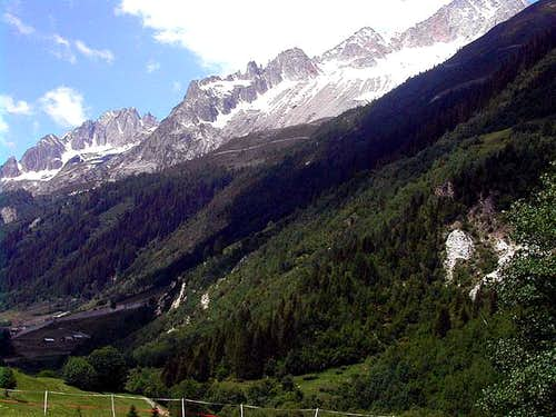 Entering Val Bedretto