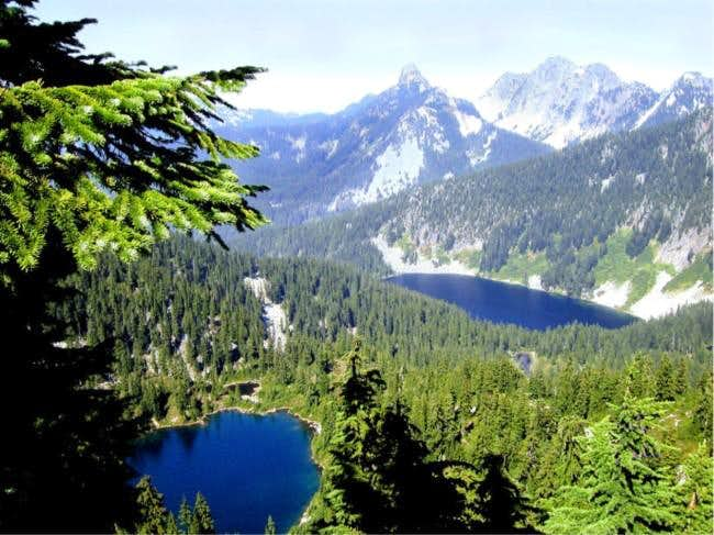 A view towards Alpine Lakes -...