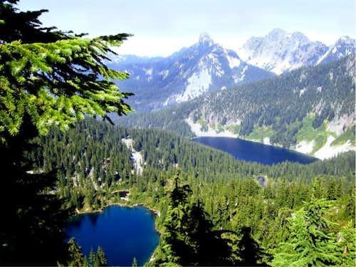 A view towards Alpine Lakes -...