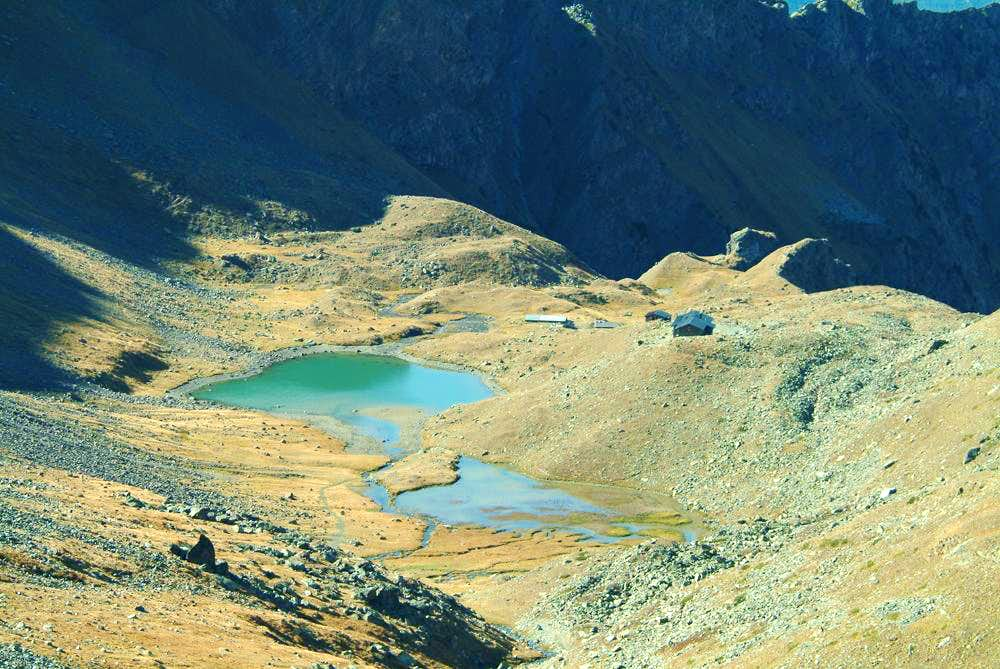 Lago e Rifugio d'Arbolle scendendo dalla Bassa di Garin