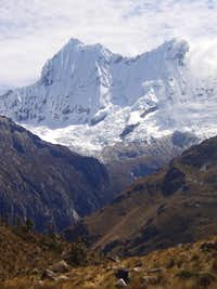 Chacraraju seen from Chopicalqui BC
