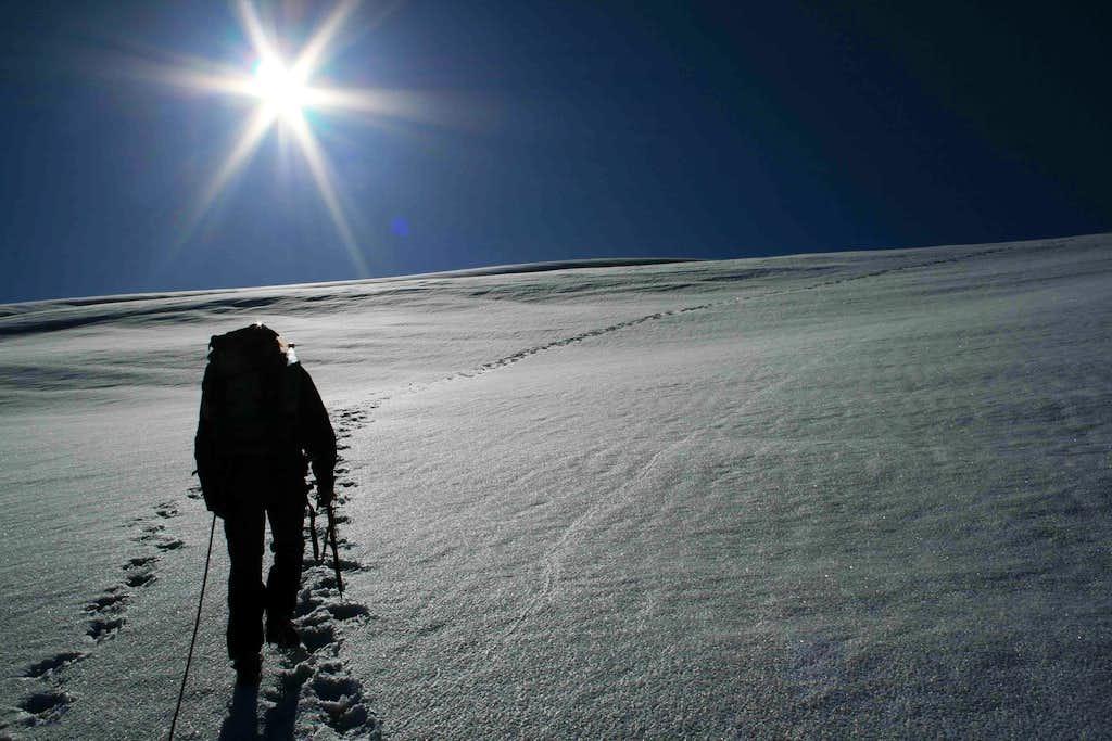 Sole cocente sul ghiacciaio di tza de tzan