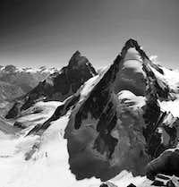 Dent d' Herens e Cervino dalla cima