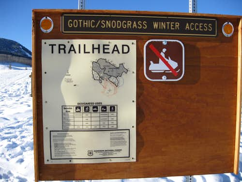 Winter Closure sign