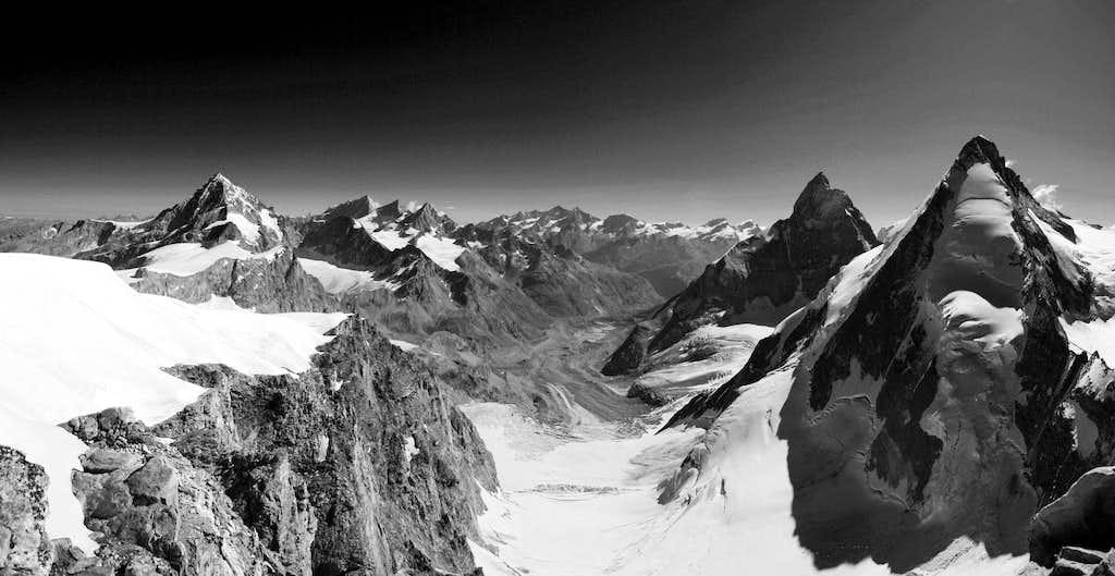 Uno sguardo verso Zermatt