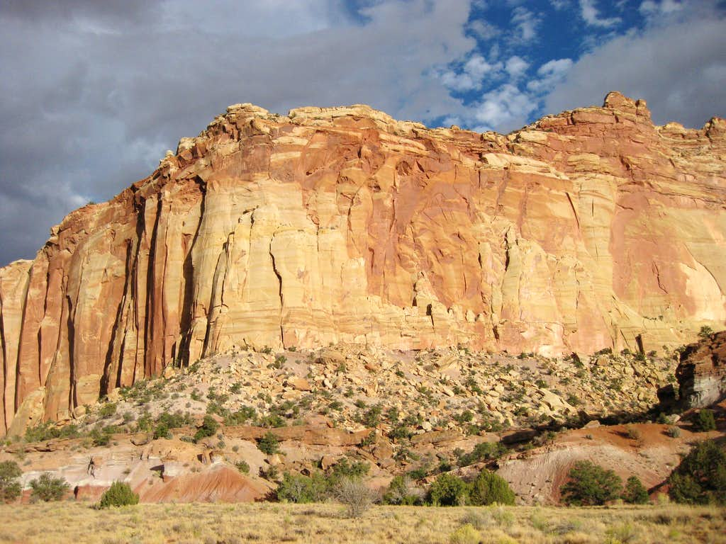 Desert Walls near Capitol Gorge