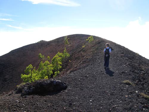 Approaching the summit of Volcán Martín