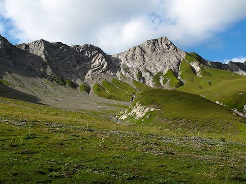 Just below the Gehrengrat, still above 2200 meters